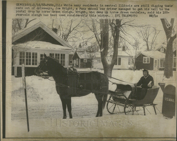 1968 Press Photo Wright postal drop horse drawn sleigh - Historic Images