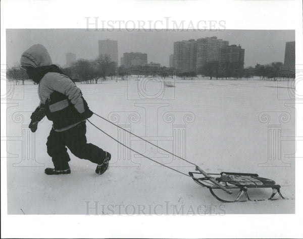 1993 Press Photo Snow Sled Montrose Harbor Chicago  - Historic Images