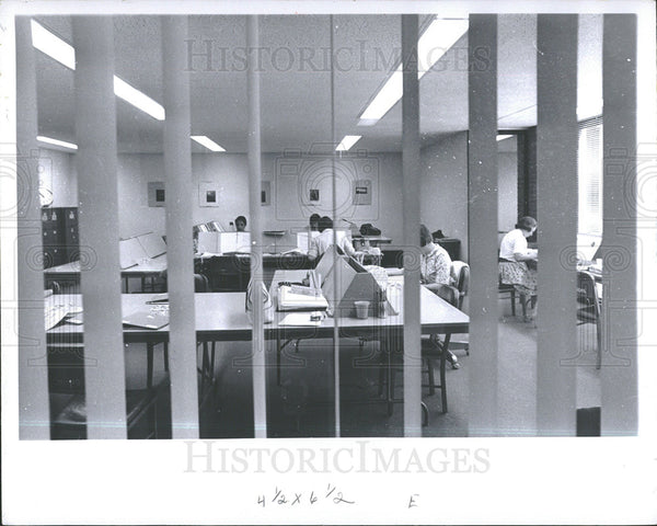 1966 Press Photo Institute Social Research Building  - Historic Images