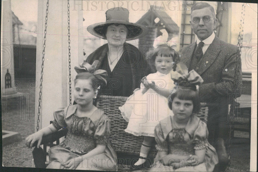 1924 Charles Gates Family - Historic Images