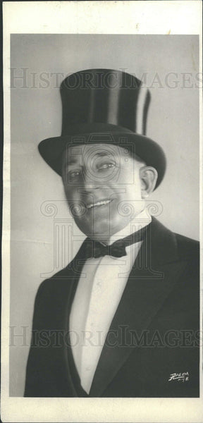 1929 Broadway Performer Hitchcock Tuxedo - Historic Images