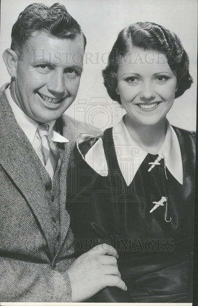 1933 Press Photo Actor Devine and House married. - Historic Images