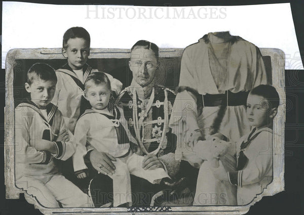 1914 Press Photo Crown prince little Frederick Berlin  - Historic Images