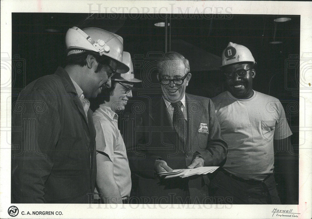 1972 Press Photo Walton LaVelle Gilbert Ornelas James - Historic Images