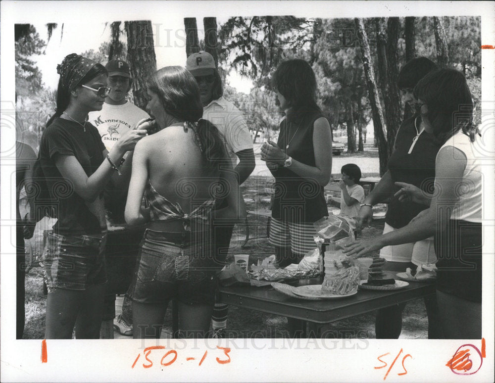 1974 Press Photo Cooking Willis S. Johns Youth Center - Historic Images