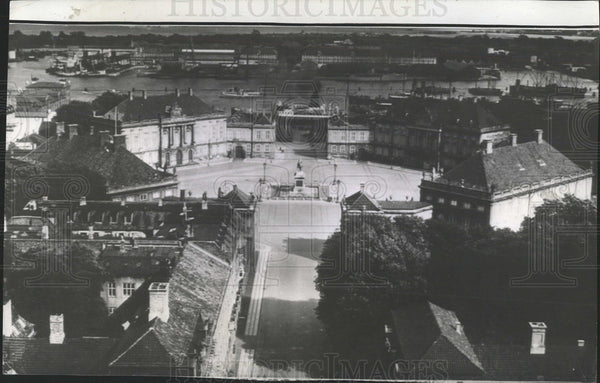1940 Press Photo Aerial View Amalienborg Denmark Castle - Historic Images