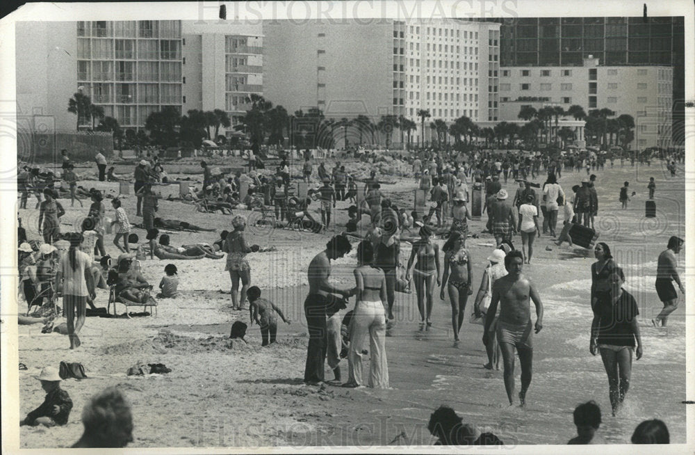 1972 Press Photo St Petersburg Waterfront Beach - Historic Images