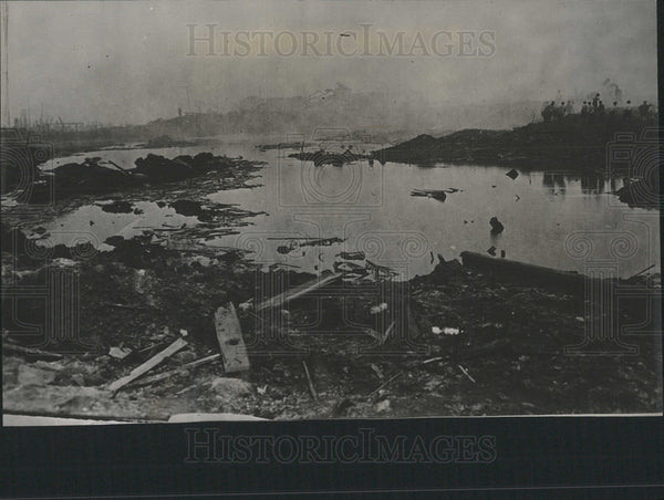 1916 Press Photo Lake Formed Black Tom Explosion - Historic Images