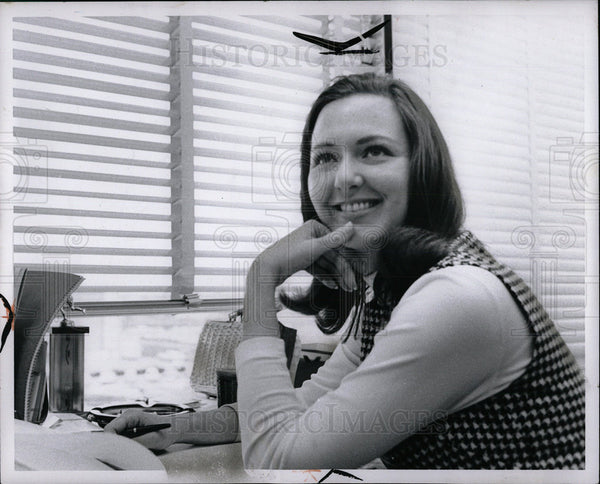1969 Press Photo Carol Kauffman Nasa Aerospace Engineer - Historic Images