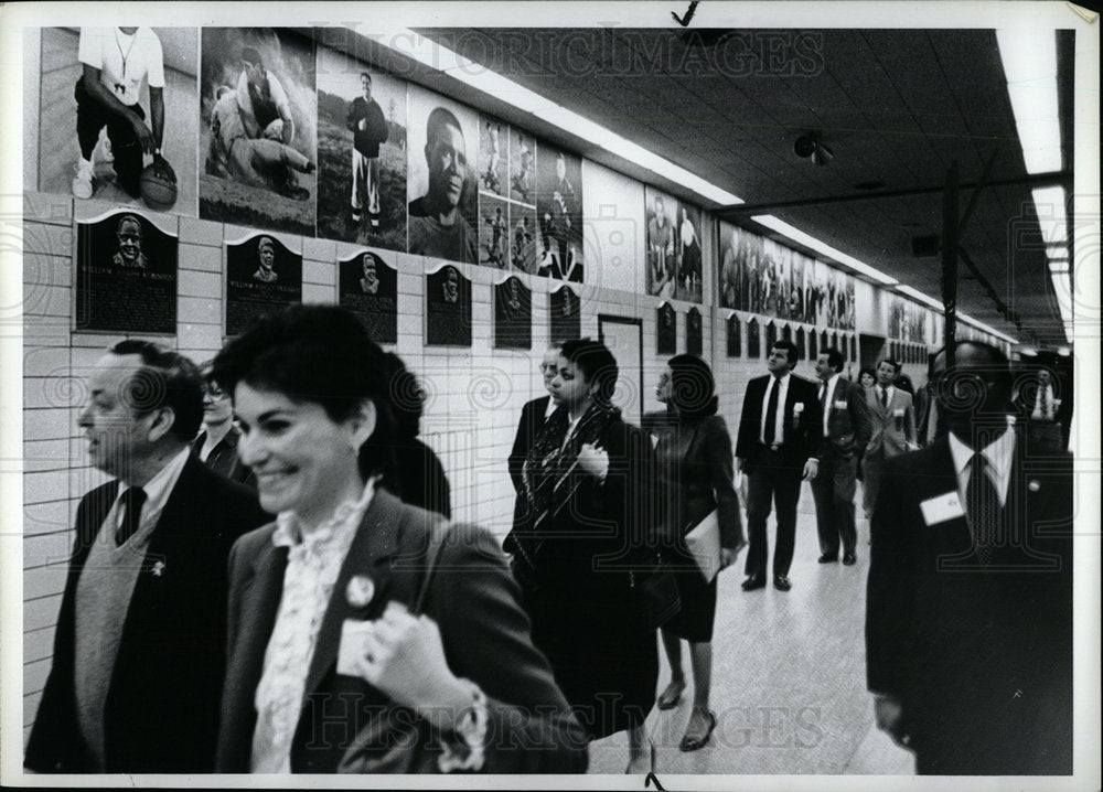 1973 Press Photo Hallway of Cobo Hall Detroit Michigan - Historic Images