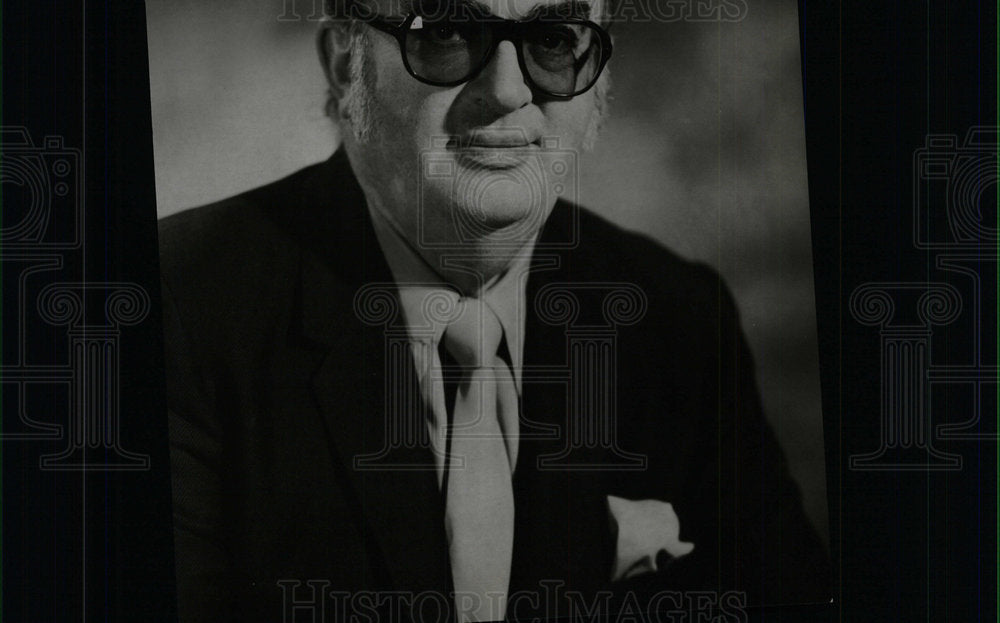 1973 Press Photo Ely Landau American Producer Productio - Historic Images
