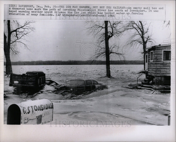 1966 Press Photo An empty mail box Mississippi River - Historic Images