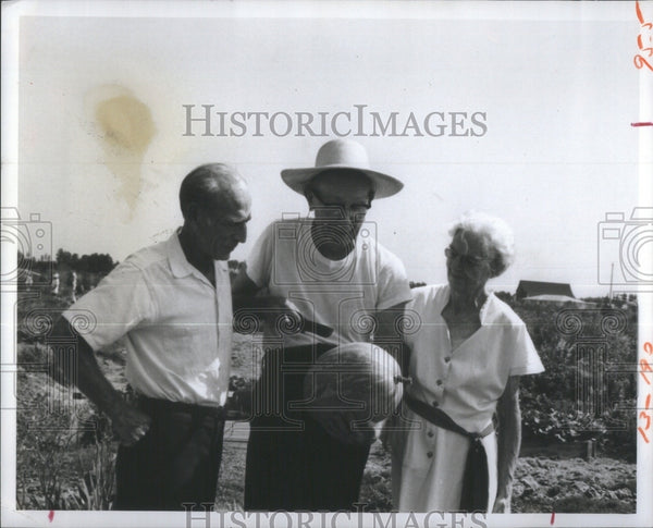 Press Photo Sun City Agriculture Center- RSA31145 - Historic Images