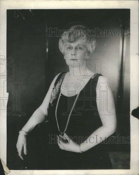 1927 Mrs Edward Hines Opera Show Black Dress - Historic Images