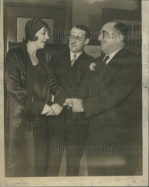 1930 Mrs Leeney Shaking hand Attorney - Historic Images