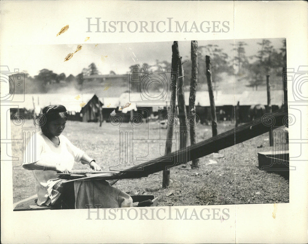 1928 Press Photo Igorot Industry Baguio cloth Bontoc woman deftness - Historic Images