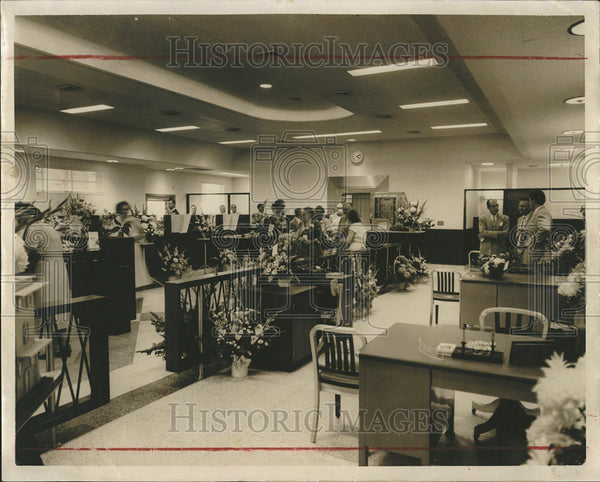 1954 Press Photo Industrial Savings Bank Interior - Historic Images