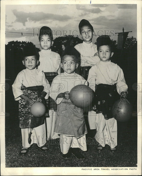 1972 Press Photo Malayan Children Celebrate Hari Raya Puasa - Historic Images