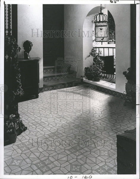 1977 Press Photo Home Interior Decorating Spanish Theme - Historic Images