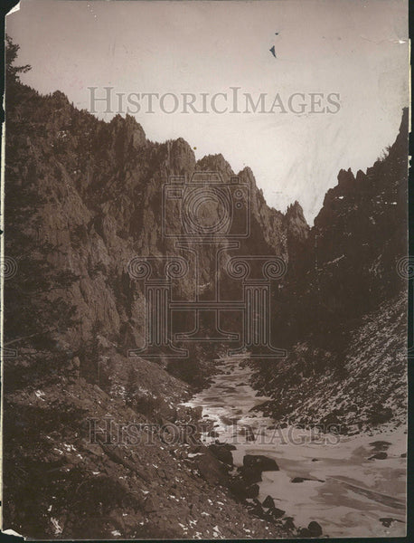 1941 Press Photo Looking Upstream from a Power Plant, Location Unknown - Historic Images