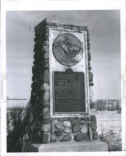 1960 Press Photo Old Julesburg Pony Express Station Colorado Indian Monument - Historic Images
