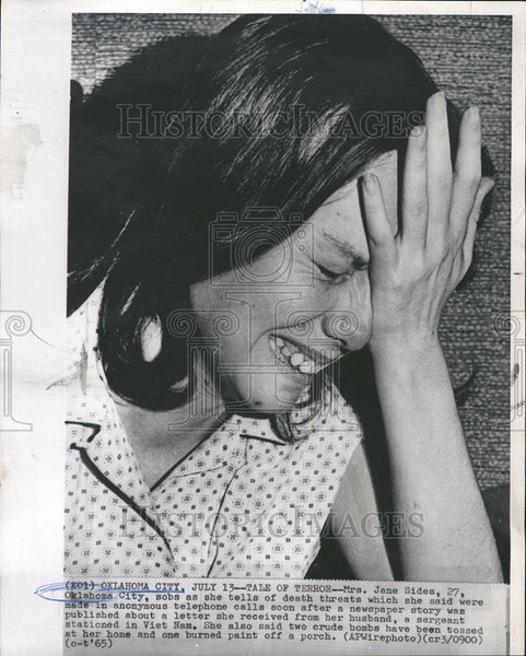 1965 Press Photo Mrs Jane Oklahoma City Sob Death Threat Anonymous Telephone - Historic Images