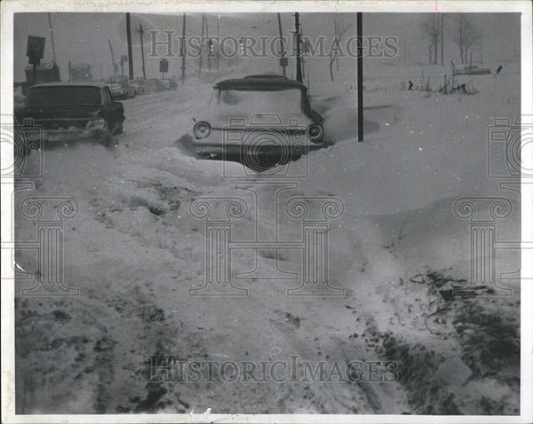 1965 Press Photo Snow Storm Cars - Historic Images