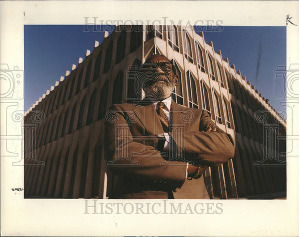 1993 Press Photo Arthur Johnson Detroit project Wayne State University Building - Historic Images