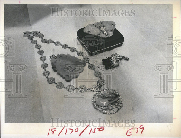 1973 Press Photo Jade jewelry pieces - Historic Images
