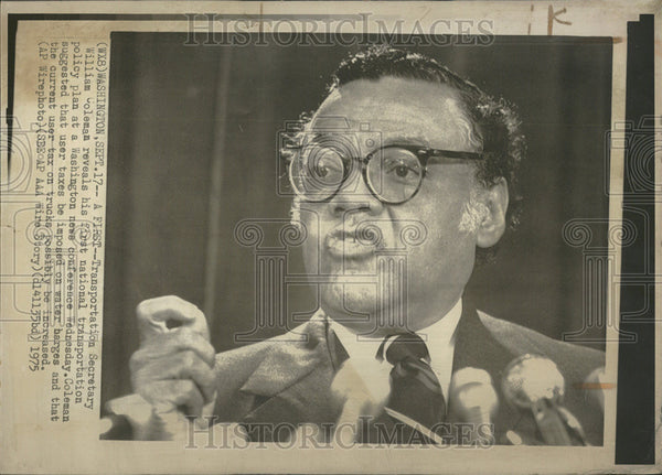 1975 Press Photo Transportation Secretary William Coleman Reveal First National - Historic Images