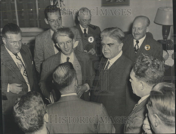 1949 Press Photo John Lewis United Mine Workers president Sheraton hotel wage - Historic Images