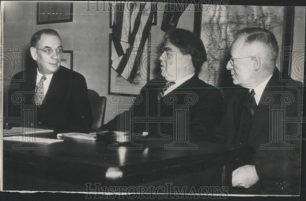 1945 Press Photo John Lewis President United Mine Workers Union Leary Hazelton - Historic Images