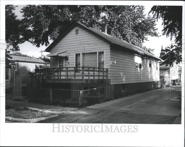 1992 Press Photo Joseph Chlopek Home South Side locations Boys Street - Historic Images