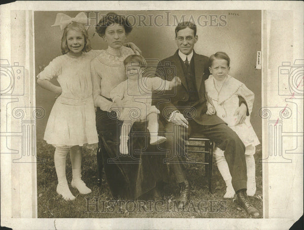 1916 Press Photo  Secretary Of War Newton D. Baker & Family - Historic Images