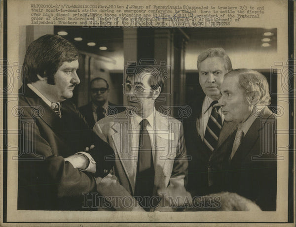 1974 Press Photo Washington Governor Milton Shapp Pennsylvania conference coast - Historic Images