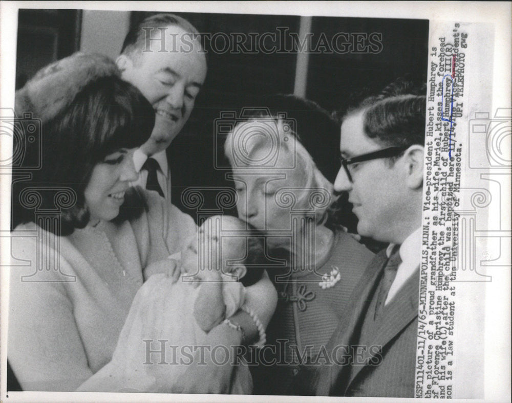 1965 Press Photo Vice President Hubert Humphrey Muriel Florence Christine Wife - Historic Images