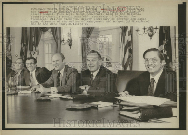 1919 Press Photo President Ford meet adviser White House fiscal budget - Historic Images