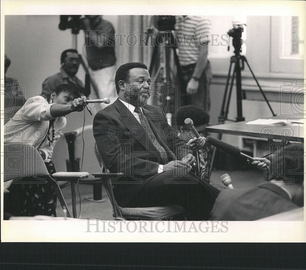 1988 Press Photo Erwin France Chicago politics administrations mayoral - Historic Images