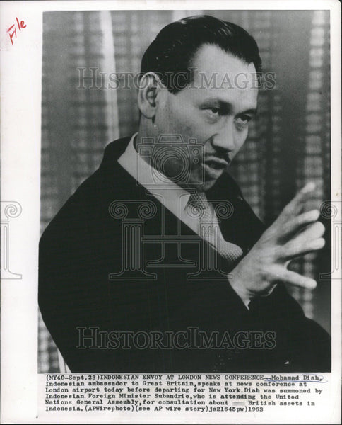 1963 Press Photo Mohamad Diah Indonesian Ambassador Great Britain Conference - Historic Images