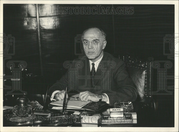 1965 Press Photo Hasan Isik minister foreign Affairs republic Turkey - Historic Images