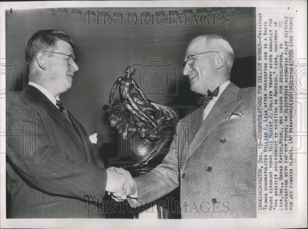 1950 Press Photo President Truman William Lear White House Ceremony Robert - Historic Images