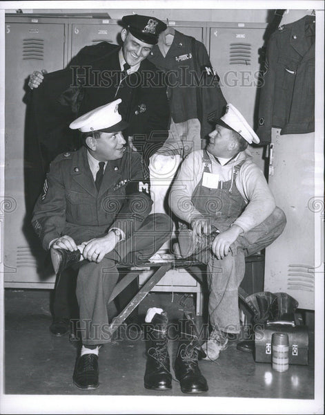 1955 Press Photo Richard Lowing Allen Feldman Illinois Guards  New Year - Historic Images