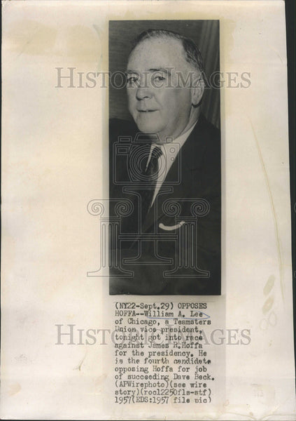 1957 Press Photo Chicago Federation Of Labor President William Lee - Historic Images