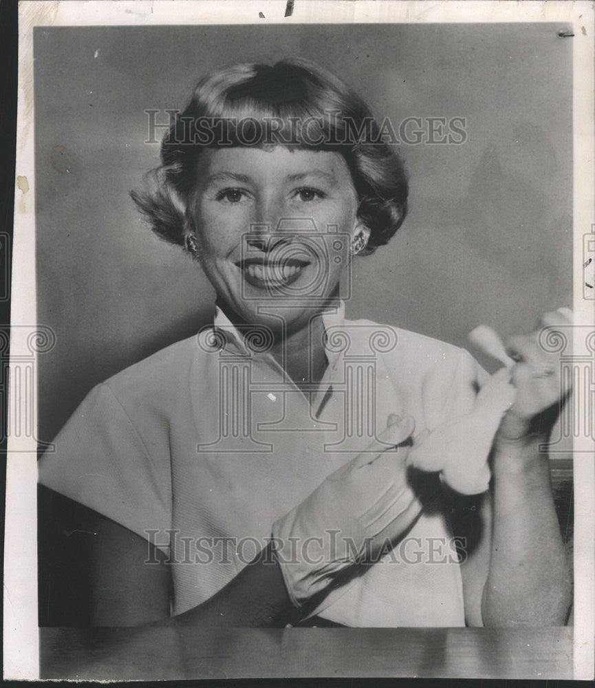 1950 Press Photo Actress Barbara Leeds Testified In Court For Her