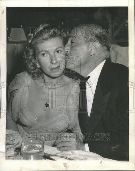 1944 Press Photo Actor Paul Lukas and his wife - Historic Images