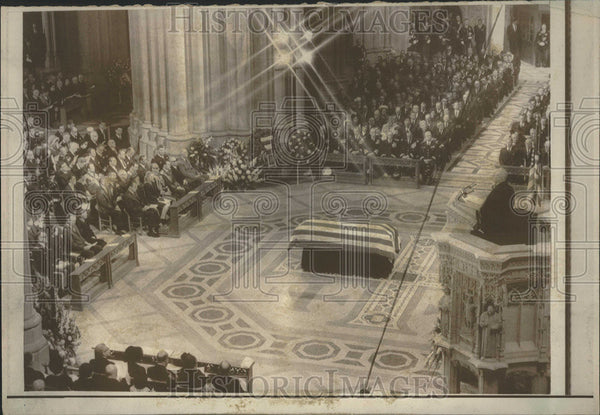 1969 Press Photo Washington National Cathedral Eisenhower Barbara Son John - Historic Images