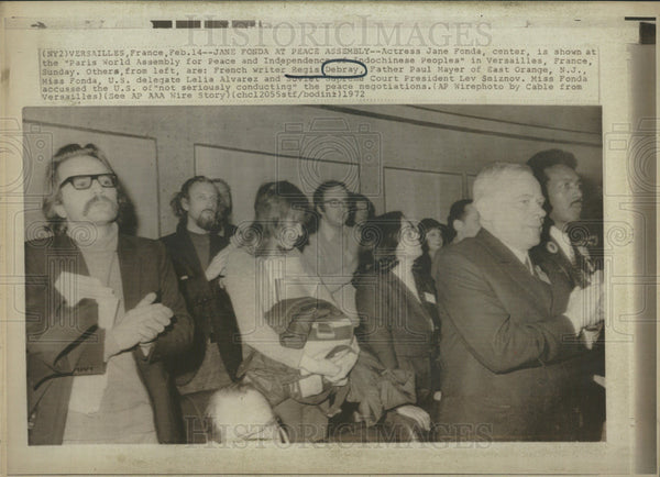 1972 Press Photo Jane Fonda Paris Independence peace Indochinese People world - Historic Images
