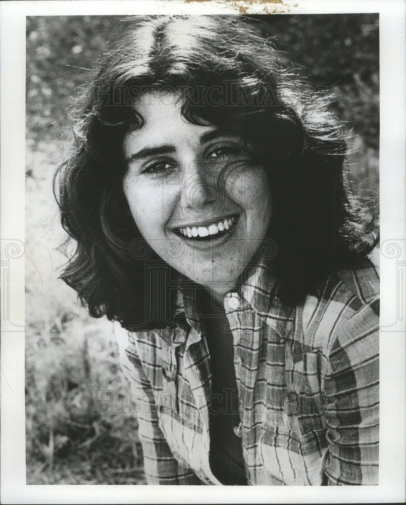 Watch Julie Kavner video