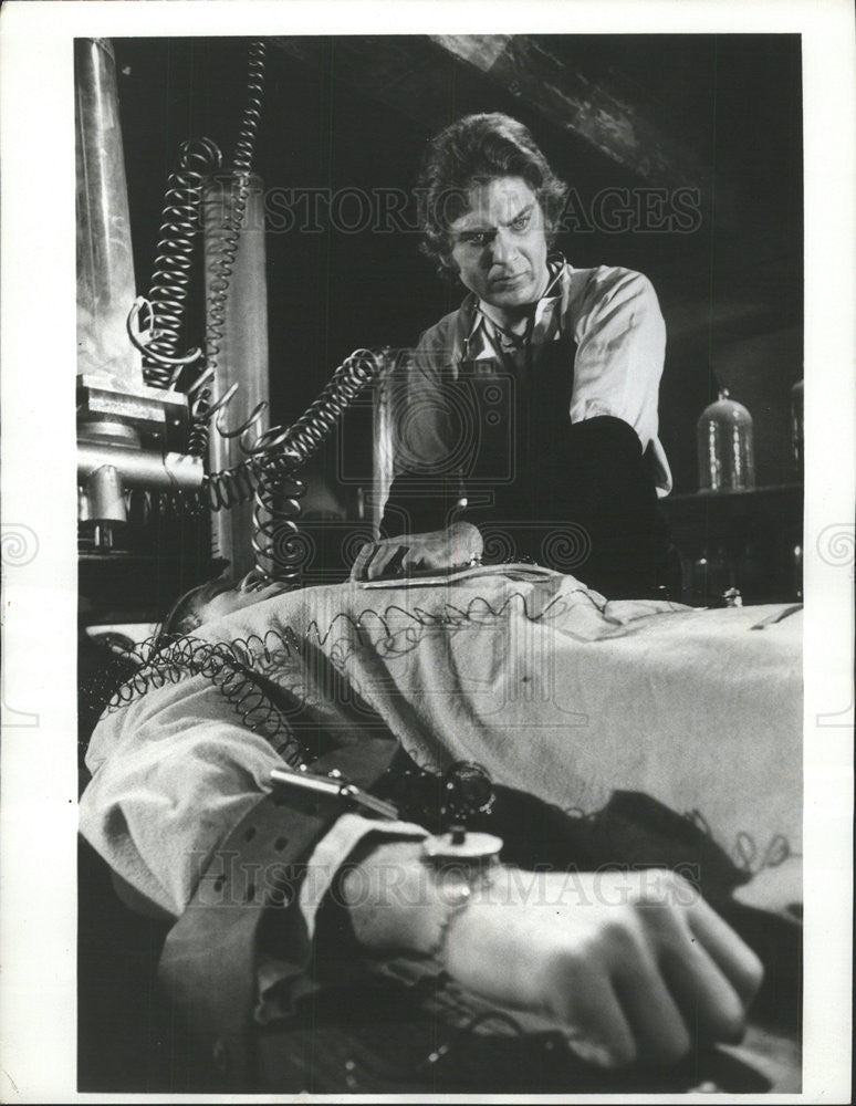 1973 Press Photo Robert Foxworth as Dr. Frankenstein - Historic Images