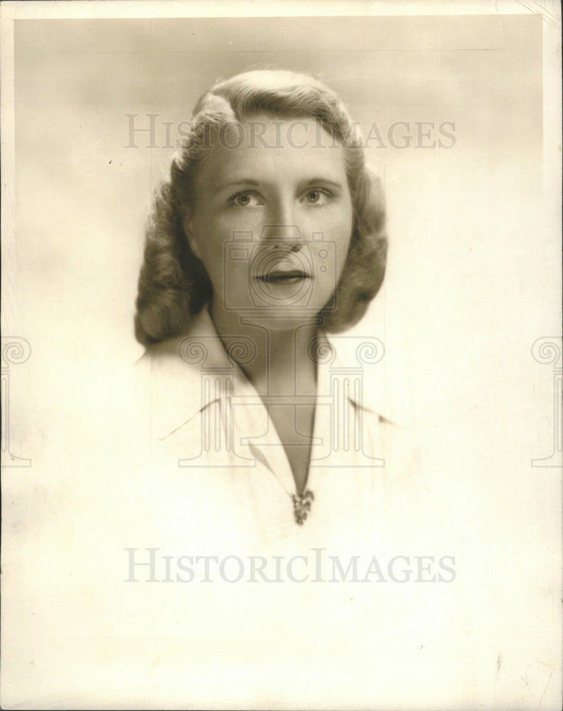 1946 Press Photo Elsie Rockefeller  to be wed to Edward Proxmire. - Historic Images